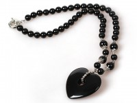 Náhrdelník čierny achát s veľkým príveskom v tvare srdca