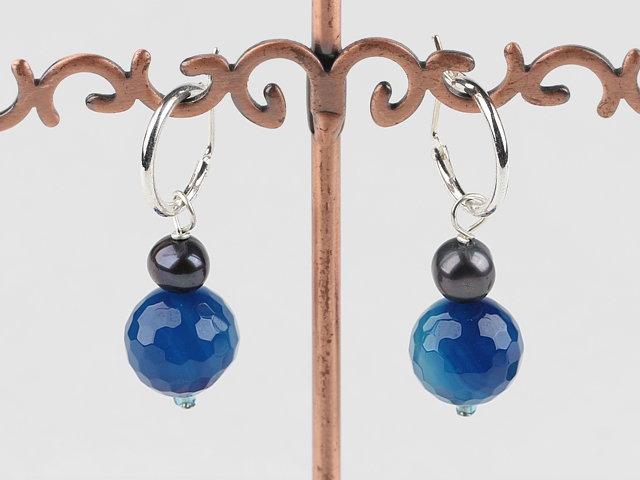 Náušnice modrý achát a čierna perla