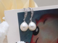 Náušnice biela riečna perla v tvare kvapky s krištáľom + Ag925