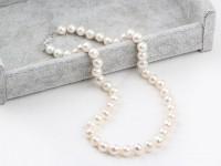 Klasický náhrdelník biele 9-10mm riečne perly