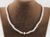 Náhrdelník 6-7 mm biele riečne perly a pozlátené zapínanie