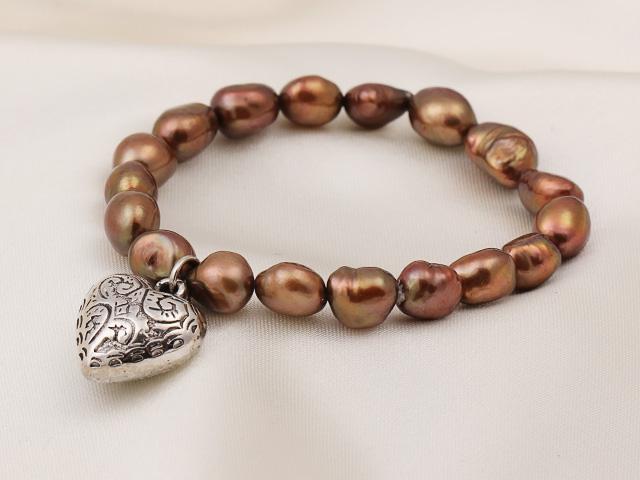 Náramok hnedé riečne perly s príveskom srdiečko