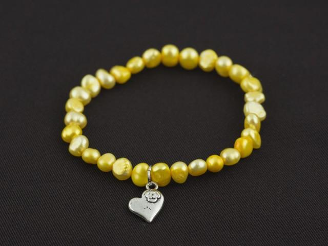 Náramok žlté riečne perly s príveskom srdiečko
