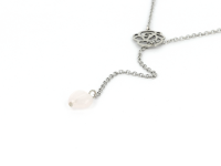 Oceľový náhrdelník s príveskom ruženín v tvare srdca