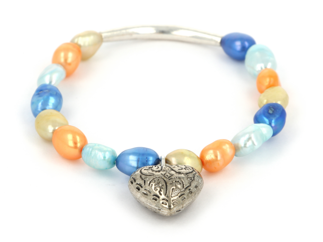 Náramok modré a oranžové riečne perly s príveskom srdiečko