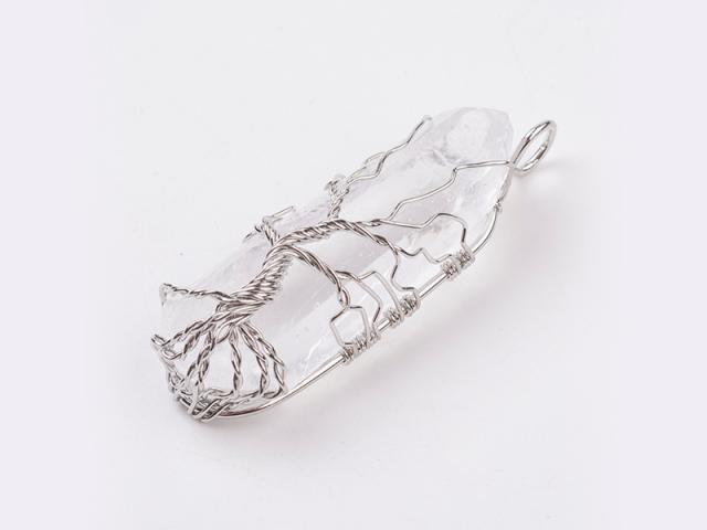 Drôtovaný prívesok strieborný strom života - krištáľ